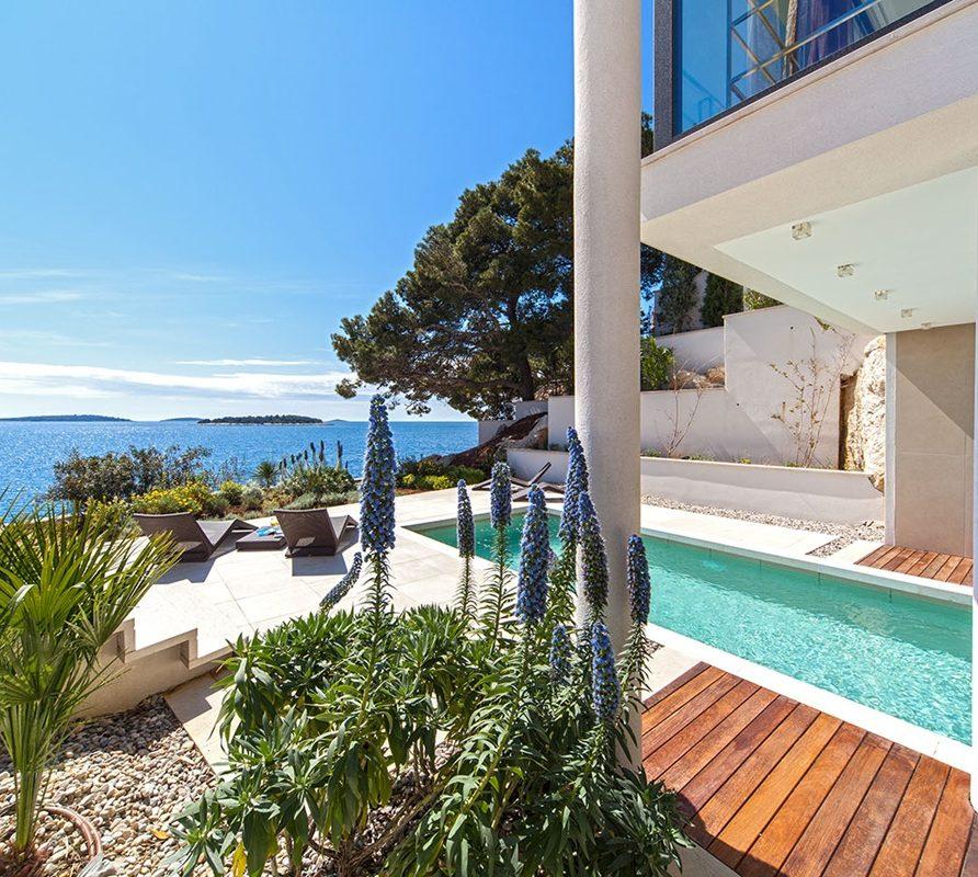 Golden Villa 3